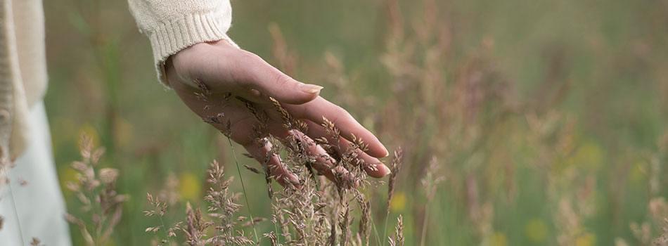 Lindrende, naturlig hudpleje til eksemplaget hud